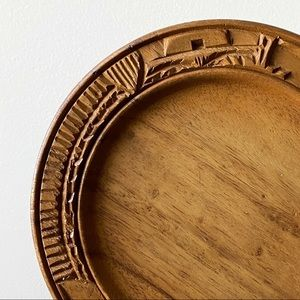 Hawaii Monkey Pod Wooden Hand Carved Plate Decor